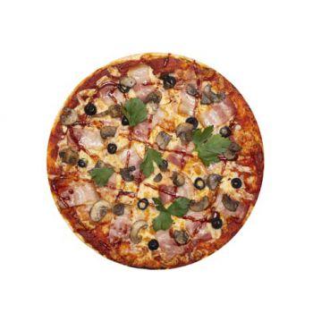Пицца с грибами и беконом